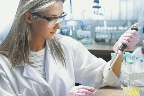 Laboratoriearbejde kræver professionel indretning