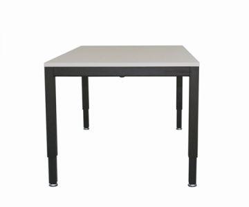 Hæve-sænkebord med 4 ben med elmotor eller håndsving
