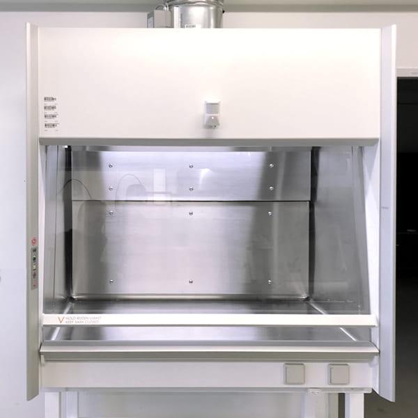 Kabine til isotopstinkskab med blyindlæg