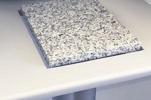 Vejebordet har justerbar sten