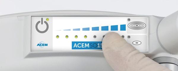 Trinløs indstilling af lysintensistet og farve på  Acem SO15F