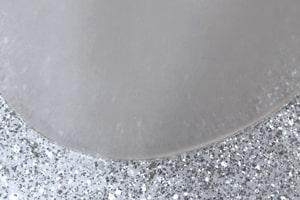 Søjleprofil slutter tæt mod gulv